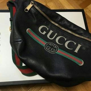 Gucci - GUCCI ボディーバッグ