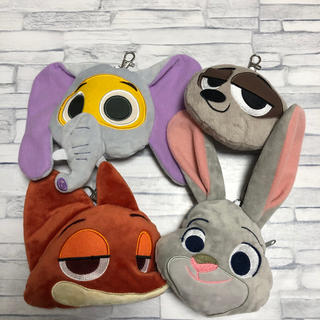 Disney - Disney  ズートピア  パスケース リール付き  4個セット