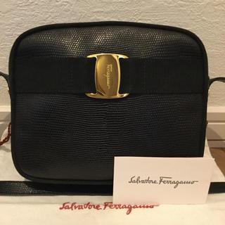 Salvatore Ferragamo - 極美品♡Ferragamoフェラガモ ヴァラ リザード ショルダーバッグ