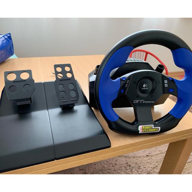 PlayStation2(プレイステーション2)のグランツーリスモ  ステアリングコントローラー エンタメ/ホビーのゲームソフト/ゲーム機本体(家庭用ゲーム機本体)の商品写真
