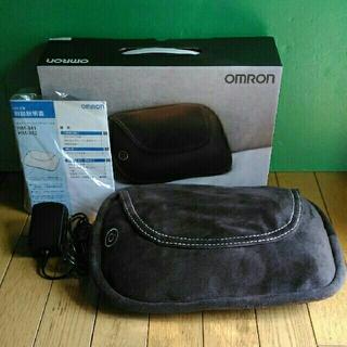 OMRON - OMRON オムロン クッションマッサージャ HM-342