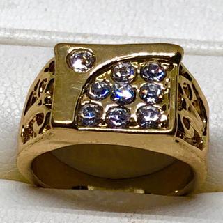 イエローゴールドGP 9粒ダイヤモンドCZ付きリング💯👍(リング(指輪))