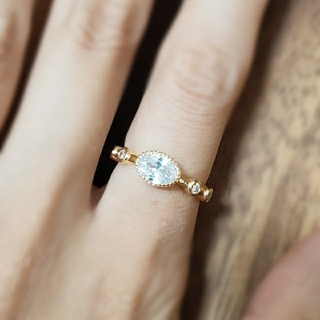 ホワイトサファイア*ゴールド*リング*指輪(リング(指輪))