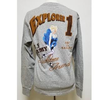 アヴィレックス(AVIREX)のアビレックス☆EXPLORER1 PINUP GIRL☆Mサイズ新品タグ付き(Tシャツ/カットソー(七分/長袖))