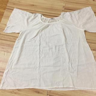 シャンティ(SHANTii)のシャンテシャンテ 刺繍入り 半袖 プルオーバーシャツ(シャツ/ブラウス(半袖/袖なし))