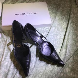 バレンシアガ(Balenciaga)の【バレンシアガ】履きやすいローヒールパンプス(ハイヒール/パンプス)