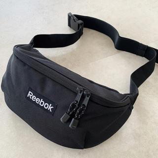 リーボック(Reebok)のReebok 黒(ボディバッグ/ウエストポーチ)