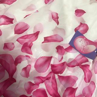 レディー(Rady)の新品タグ付き rady 花びらスカーフ ストール シフォン  ピンク(バンダナ/スカーフ)