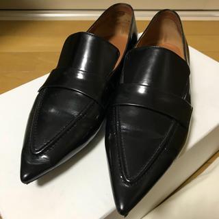 セリーヌ(celine)のCELINE ポインテッドトゥローファー シューズ 革靴(ローファー/革靴)