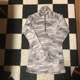 アンダーアーマー(UNDER ARMOUR)のアンダーアーマンパーシャツ(アンダーシャツ/防寒インナー)