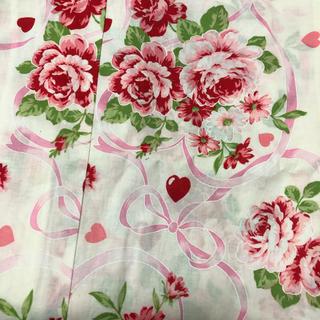 メゾンドフルール(Maison de FLEUR)の浴衣 レディース  白地 ピンク リボン 花(浴衣)