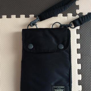 ポーター(PORTER)のPORTER トラべル用 パスポートケース ショルダー付き (旅行用品)