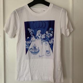 ユニクロ(UNIQLO)のUT アリス (ティーパーティ)プリント Tシャツ(Tシャツ(半袖/袖なし))