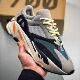 アディダス(adidas)のadidas YEEZY BOOST 700 Wave Runner(スニーカー)