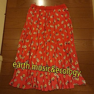 アースミュージックアンドエコロジー(earth music & ecology)の【秋物】earth music&ecology 花柄 プリーツスカート(ロングスカート)