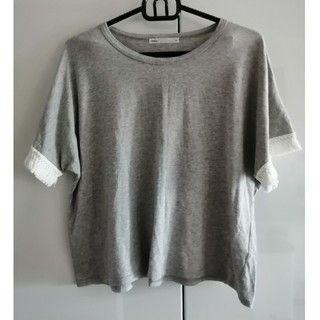 イッカ(ikka)の美品 ikka フリンジ付き Tシャツ(Tシャツ(半袖/袖なし))