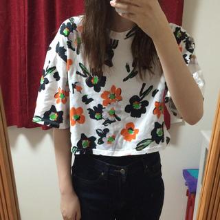 スライ(SLY)のSLY 花柄Tシャツ❤︎(Tシャツ(半袖/袖なし))