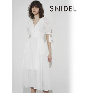 snidel - 【新品未使用】SNIDEL コットンパンチングレースワンピース