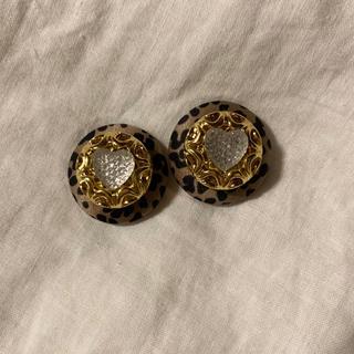 button pierce(ピアス)
