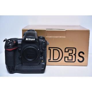 Nikon - Nikon D3S 比較的キレイです。 シャッター数 約34,500枚以下