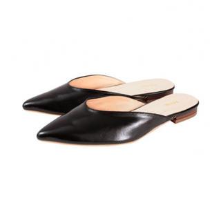 titivate - 美品 titivate フラット パンプス サンダル 【 靴 ブラック 合皮 】