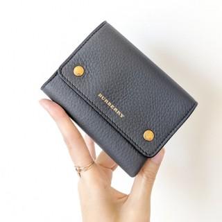 BURBERRY - ラスト1【新品・新作】BURBERRY ミニ財布 バイカラー 三つ折り財布
