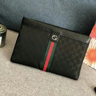 Gucci - 大人気グッチ クラッチバッグ