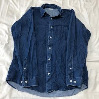 ユニクロ(UNIQLO)のデニム風のシャツ(シャツ)