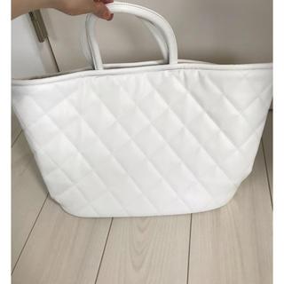 ポーラ(POLA)の新品 ホワイト POLAのバッグ  大容量♡(トートバッグ)