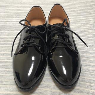 ディーホリック(dholic)のDHOLIC  エナメル調 オックスフォードシューズ ブラック(ローファー/革靴)
