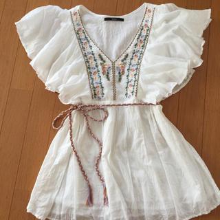 カスタネ(Kastane)のkastane   刺繍 フリル チュニック ブラウス(チュニック)
