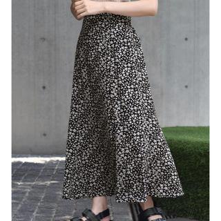 w closet - 【新品】ダブルクローゼット フラワーシルエットマーメイドスカート 花柄