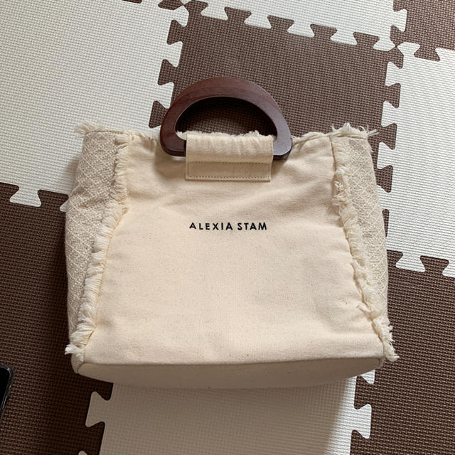 ALEXIA STAM(アリシアスタン)のALEXIA STAM  Wooden Handle Tote Bag  レディースのバッグ(ハンドバッグ)の商品写真
