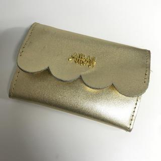 アーカー(AHKAH)のミニウォレット ゴールド(財布)