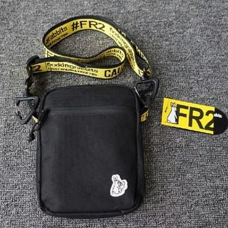 オフホワイト(OFF-WHITE)の新品  FR2   ウエストバッグ     男女兼用 (ウエストポーチ)