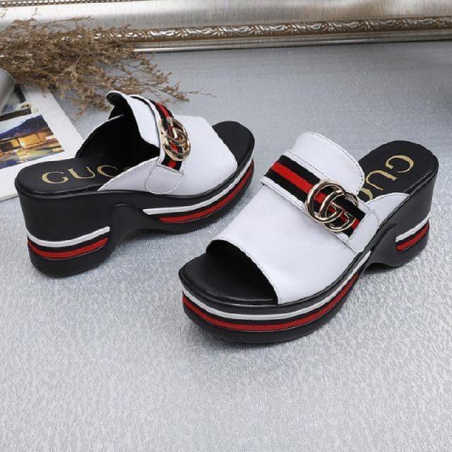 Gucci(グッチ)のグッチ サンダル レディースの靴/シューズ(サンダル)の商品写真