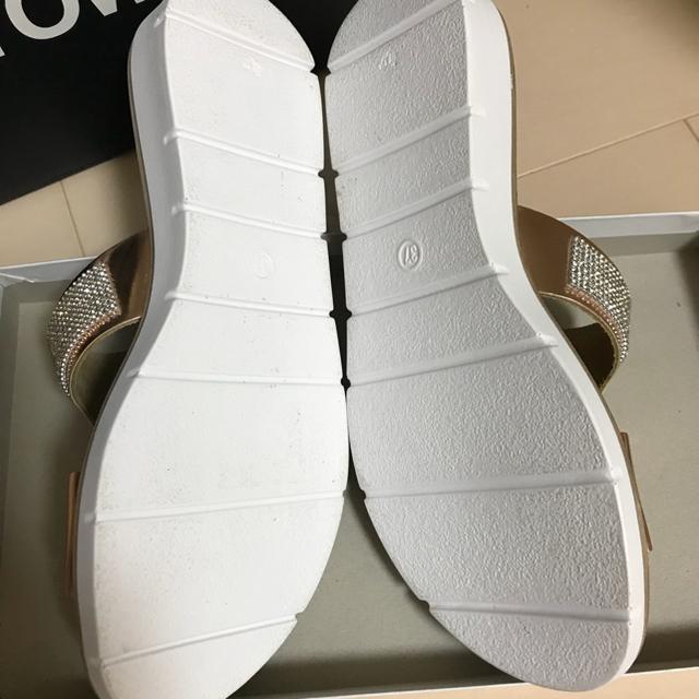 BARNYARDSTORM(バンヤードストーム)のバンヤードストーム サンダル 37 ピンクゴールド レディースの靴/シューズ(サンダル)の商品写真