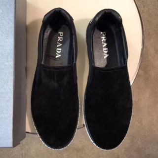 PRADA - PRADA  ブラック ローファー 靴