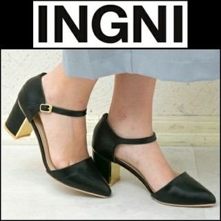 イング(INGNI)の未使用品に近い INGNI イング セパレート パンプス ストラップ ブラック(ハイヒール/パンプス)