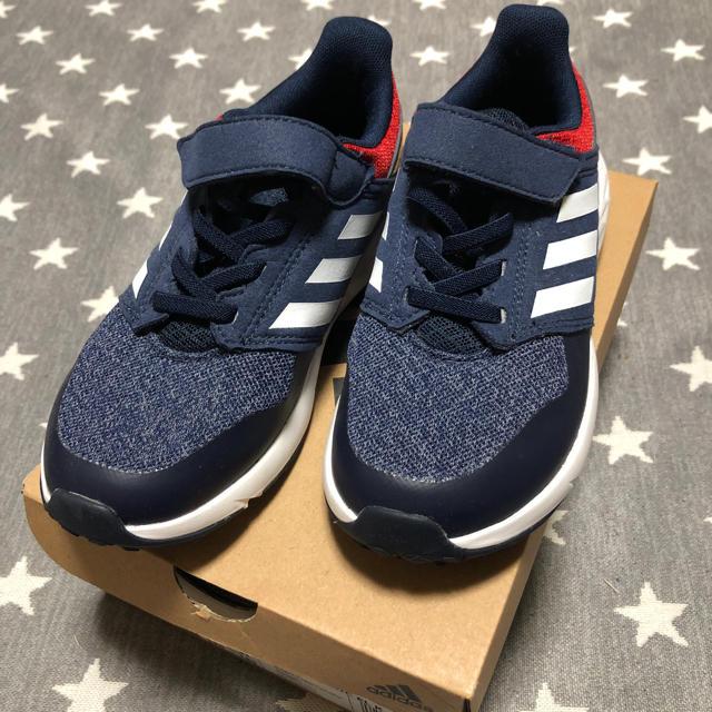 adidas(アディダス)の新品 キッズ/ベビー/マタニティのキッズ靴/シューズ (15cm~)(スニーカー)の商品写真