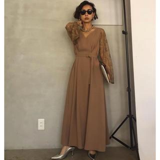 アメリヴィンテージ(Ameri VINTAGE)のLACE SLEEVE REFINED DRESS(ロングドレス)