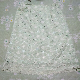 ミントグリーン スカート(ひざ丈スカート)