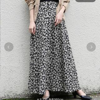 LOWRYS FARM - LOWRYSFARM 花柄 Aラインスカート