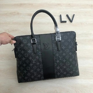 LOUIS VUITTON - ルイ ヴィトン メンズファッション ビジネスバッグ