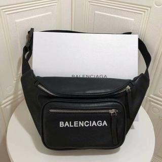 Balenciaga ボディーバッグ ウェストバッグ ウェストポーチ 大容量