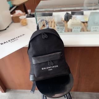 バレンシアガ(Balenciaga)のBalenciaga リュック バックパック 大容量 リュックサック(バッグパック/リュック)