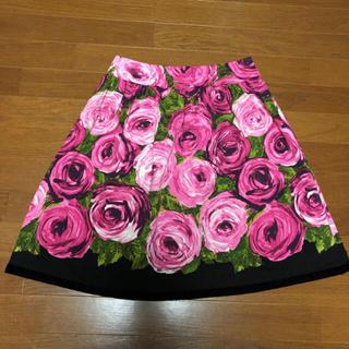 M'S GRACY - 華やか♪ M'S GRACY エムズグレイシー 薔薇 ひざ丈スカート40