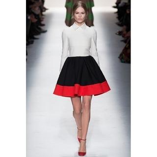 ヴァレンティノ(VALENTINO)のVALENTINO ワンピース ドレス(ひざ丈ワンピース)