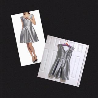 ムルーア(MURUA)の新品✨MURUA シルバー メタリック ワンピース 結婚式 キャバ ドレス(ミニドレス)