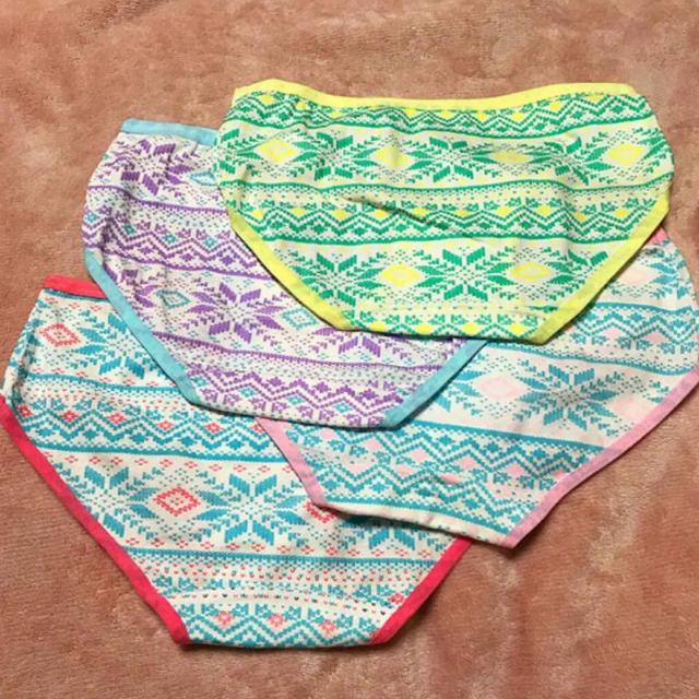 ショーツ 4枚セット コットン  フリーサイズ レディースの下着/アンダーウェア(ショーツ)の商品写真
